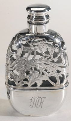 Sterling Silver perfume Bottle @Charlene Saunders McNab Buckley Ever see these at sales? I want one!