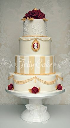 Vintage Red and Gold Wedding Cake - Cake by JellyCake - Trudy Mitchell Pretty Cakes, Beautiful Cakes, Amazing Cakes, Ivory Wedding Cake, Wedding Cakes, Gold Wedding, Ruby Wedding, Glamorous Wedding, Wedding Beauty