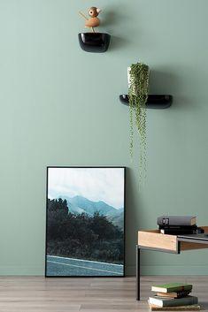 """Vert d& sublime"" - N ° 27 - Image 27 - Vert avec des reflets bleus. Small Hallways, Living Spaces, Living Room, Diy Garden Decor, Types Of Wood, Decoration, Home Furniture, Family Room, Cool Designs"