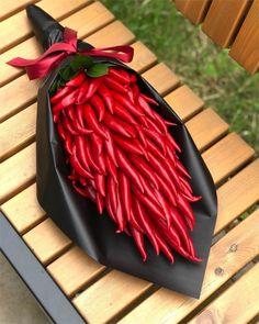 AnsaKyou's Karma's ideal bouquet, perhaps 😂😂 Flower Box Gift, Flower Boxes, Luxury Flowers, Diy Flowers, Beautiful Flower Arrangements, Floral Arrangements, Food Bouquet, Boquet, Fruit Flower Basket