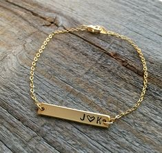 Personalized Bar Bracelet - Gold or Silver | Jane