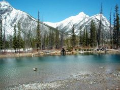 Easy hikes in Calgary, Kananaskis, Canmore and Banff, Alberta Canada + Kootenay and Yoho in BC Canada