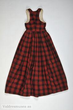 Folk Costume, Costumes, Norway, Textiles, Summer Dresses, Fashion, Moda, Dress Up Clothes, Summer Sundresses