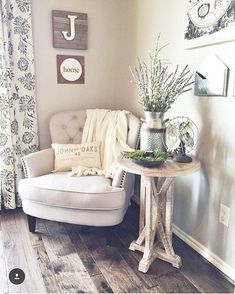 Cool Farmhouse Living Room Decor Ideas 05