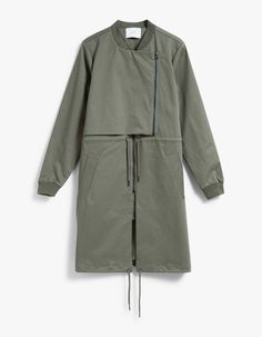 From Just Female, a parka bomber jacket in Litchen Green. Two slant pockets. Fully lined. Winter Coats Women, Coats For Women, Clothes For Women, Modern Suits, Iranian Women Fashion, Boho Fashion, Fashion Outfits, Parka, Jackets