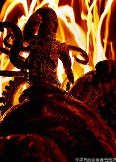 【フィギュアレビュー】這い寄る混沌! SOTA Toys Nightmare H. P. Lovecraft Nyarlethotep : サグラのきままブログ