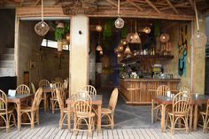 Beach Bars, Philippines Travel, Middle Eastern Recipes, Palawan, Beautiful Islands, Asia Travel, Southeast Asia, Philippines Destinations