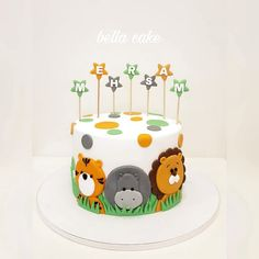 Cake_Animal_Jungle - Hash Tags - Deskgram - [board_name] - Kuchen Jungle Birthday Cakes, Jungle Theme Cakes, Baby Boy Birthday Cake, Animal Birthday Cakes, Safari Cakes, Safari Birthday Party, First Birthday Cakes, Bolo Original, Baby Shower Cakes