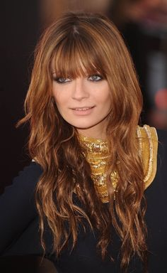 Copper Hair@Lisa Raucci this is a safe copper not to strong wont make ur skin look muddy