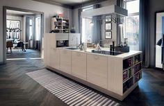 Unelmakeittiö, jossa on käytännöllinen keittiösaareke Kitchen Builder, Danish Kitchen, Kitchen Island, Kitchen Dining, Interior Styling, Interior Design, Stylish Kitchen, Kitchen Doors, Modern House Design