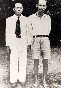 1945, September: Ho Chi Minh begins a long struggle to establish Vietmanese independence. Ho Chi Minh (right) with Vo Nguyen Giap (left) in Hanoi, 1945.