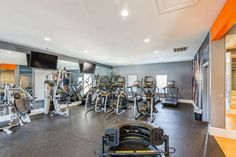 Get yoru sweat on in our state-of-the-art fitness center. #Amenities #StudentLiving #TheSocialMurph #TNApartments Student Living, Sorority Sugar