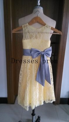 You can chose the standard size or custom make size  Description of flower girl dress Picture shows light yellow color Bridal satin Lace top+ Lace