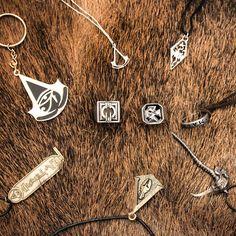 Kľúčenky a prívesky, ktoré dostali zákazníci herného obchodu v Bratislave GameExpres.sk Nintendo 3ds, Nintendo Switch, Xbox 360, Playstation, Assassins Creed, Accessories, Jewelry Accessories