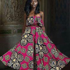 #fashionbloggers #ootd #africanfashionbloggers #black #fashion #style  #blogger #blackfashion  #Nigerianblogger #nigerian #prints #patterns  #african #africanwax #ankara #instafashion