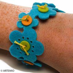 3. Bracelet en feutrine Fleurs simple et facile