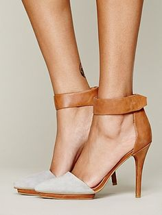 Free people solitaire heel.