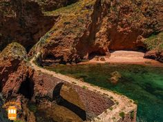 Things to do in Peniche – discover Berlengas and admire the Fort of São João Baptista.  #portugal #peniche #berlengas #bridge