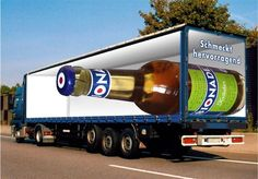 Truck Art - optical illusions are being put to commercial use by graphic designers in the world of advertising Optical Illusions Games, Amazing Optical Illusions, Optical Illusions Pictures, Illusion Pictures, Art Optical, Street Marketing, Guerilla Marketing, Marketing Ideas, Media Marketing