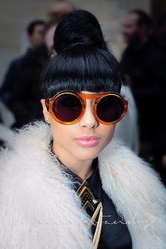 Shopping online looking for Oakley glasses   Shopping through DUBLI will  earn you cash back 6382e77865