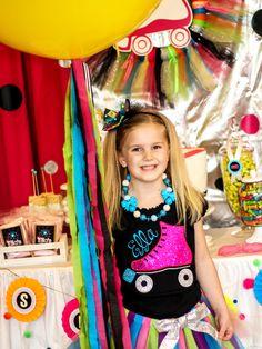 Ella and Annie Magazine | Neon Roller Skate Party