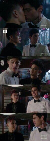 "#Shadowhunters 1x12 ""Malec"" - Magnus and Alec"