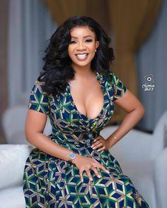 African Maxi Dresses, African Dresses For Women, African Wear, African Attire, African Style, Mode Wax, Dinner Gowns, Ankara Styles For Women, Beautiful Dark Skinned Women
