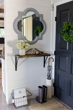 This entryway puts the fun in functional via eclecticallyvintage.com