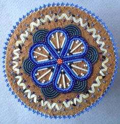 Your place to buy and sell all things handmade Native Beading Patterns, Native Beadwork, Native American Beadwork, Bead Crafts, Arts And Crafts, Beaded Boxes, Native American Crafts, Nativity Crafts, Beading Projects