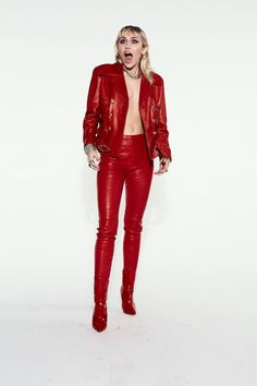 Miley Cyrus Photoshoot, Iconic Women, Celebs, Celebrities, Pop Fashion, Leather Pants, Cute Outfits, Sexy, Clothes
