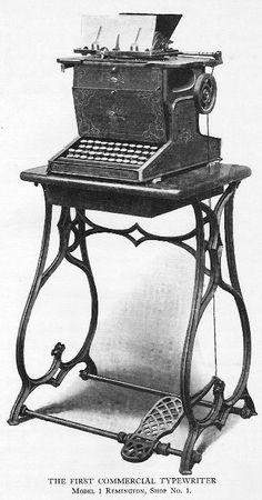 1873 – E. Remington and Sons in Ilion, New York begins production of the first practical typewriter. Remington's First Sholes & Glidden Type-Writer 1867 via Daskeyboard Vintage Office, Retro Vintage, Antique Typewriter, Modern Typewriter, Decoration Inspiration, Vintage Typewriters, Victorian Era, Edwardian Style, Computer Keyboard