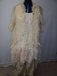 Eileen Reed art to wear