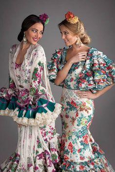 Nuevos trajes de flamenca para el 2016 con nuestra colección Gitanillas Andaluzas. Toda la esencia de El Ajolí al alcance de tu mano. Visítanos. Flamenco Costume, Bridesmaid Dresses, Wedding Dresses, Bohemian Gypsy, Traditional Dresses, Fashion Photo, Ruffles, Summer Outfits, Gowns