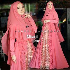 RESTOCK  MIRANTI Syar'i 4 By Agoest hanggono Rp 500.000 Material furing jersey k... Hijab Skirt, Hijab Abaya, Hijab Wedding, Long Dress Patterns, Muslim Dress, Abaya Fashion, Kebaya, Designer Dresses, Cool Style