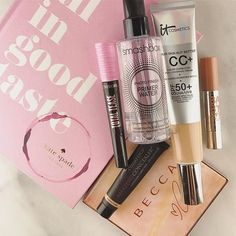 Happy Saturday! I'm off to the lake to plant some perennials and put up some window boxes. 🌸🌺 It's a quick #motd for me! 😀 I love to use the shades in the #beccaxchrissy palette blended together as an all-over shadow-- so easy! And I was excited to grab the supersize @itcosmetics cc+ cream in the new medium-tan shade. 👍 I hope you're having a great day. #saturday #makeup #makeuplook #makeupjunkie #makeupmess #lookoftheday #concealer #lips #lashes