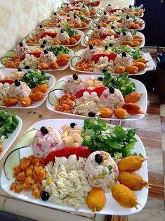 mounya_mouny_setif's #813 Image Results Wedding Buffet Food, Moroccan Salad, Food Garnishes, Food Decoration, Food Platters, Food Goals, Cafe Food, Food Presentation, Food Design