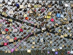 Love Locks in Paris! I'm totally doing this!! <3