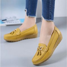 Flat Womens Shoes Slip On Moccasins Leather Flache Damenschuhe, Slip-On-Mokassins, Leder, Damenschuhe, Daisy Dress For Less Women's Shoes, Shoes 2018, Loafer Shoes, Flat Shoes, Boot Heels, Shoes Jordans, Wide Shoes, Dansko Shoes, Mules Shoes