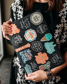aesthetic laptop – costumiza tu pc – Gold Girl's Diary Apple Laptop Stickers, Mac Stickers, Macbook Stickers, Cute Stickers, Laptop Design, Diy Laptop, Diy Phone Case, Phone Cases, Macbook Case