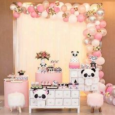Best Indoor Garden Ideas for 2020 - Modern Panda Themed Party, Panda Birthday Party, Panda Party, Girl Birthday Themes, Birthday Decorations, Baby Shower Decorations, Birthday Parties, Panda Bear Cake, 1st Birthdays