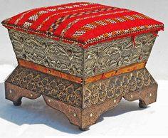 Berber kilim stool