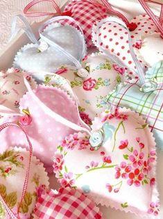 pretty fabric hearts