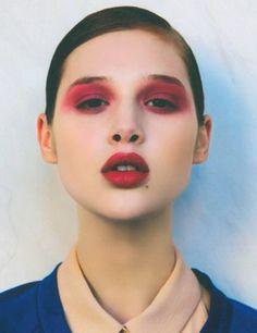 Models 1: Anais Pouliot - Portfolio