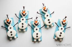 Olaf the Snowman snacks // Just in time for Frozen! I can't wait for that movie :3 #disney #frozen #snacks #mashmallows
