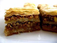 Baklava (origineel Van De Echte Turkse Bakker) recept | Smulweb.nl Deze ,,moet ''ik echt gaan maken......