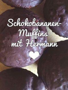 Leckere Schokobananen-Muffins mit Hermann-Teig. Probiert es mal aus! #HermannTeig #SchokobananenMuffins #Muffins