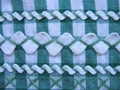 rickrack trim closeup