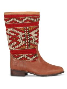 Handmade kilim and leather boots for women. A combination of original vintage kilim rugs and premium leather.