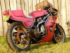 There are currently 727 bikes as well as hundreds of other classic motorcycles, cafe racers and racing bikes for sale on Classic Driver. Bikes For Sale, Moto Bike, Cafe Racer, Custom Bikes, Yamaha, Racing, Classic, Vehicles, Motorcycles