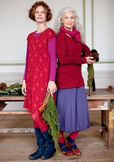–  Colourful clothes and home textiles in natural materials. I love the fact that this company features models of different ages.